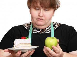 personne-obese-choix-gateau-pomme